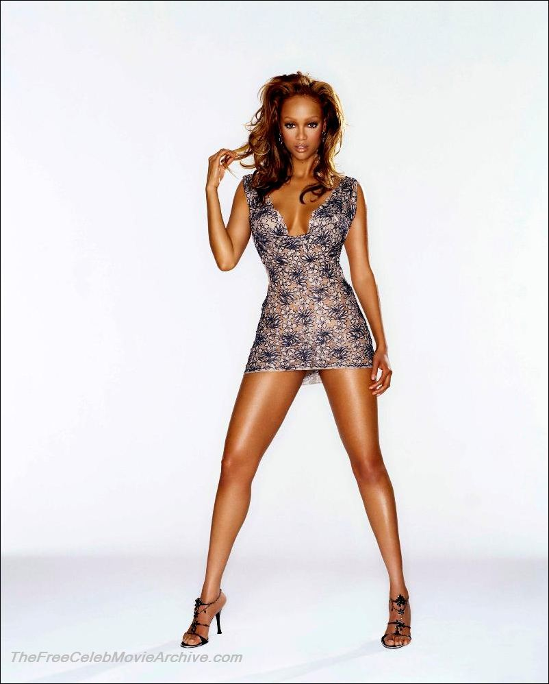 tyra banks naked