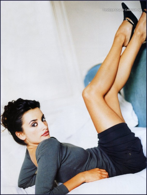 Pictures of Penelope Cruz nude. Abre los ojos nude movies, Jamon Jamon Sex ...